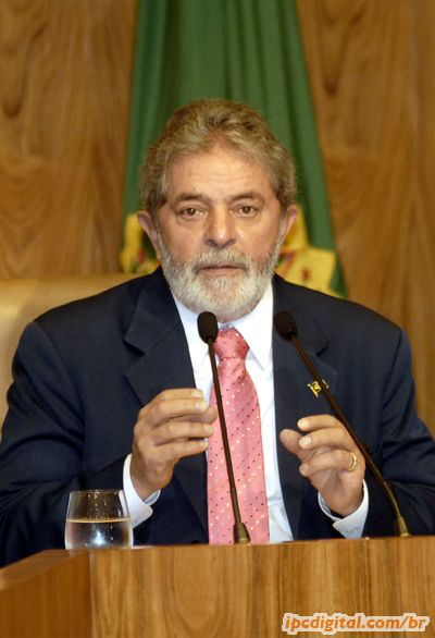 http://www.portugues.seed.pr.gov.br/arquivos/Image/tn_5245PresidenteLula.jpg